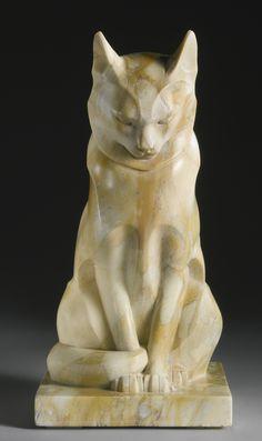 Chat Assis, marble sculpture, circa 1926, by Édouard Marcel Sandoz