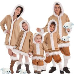 Winter Jackets, Fictional Characters, Fashion, Carnival, Group Costumes, Winter Coats, Moda, Winter Vest Outfits, Fasion