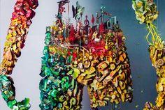 Dustin Yellin y la belleza de sus siluetas