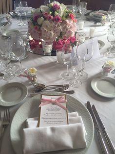 Composition florale et menu