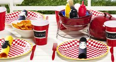 51 ideas backyard bbq party centerpieces for 2019 Backyard Cookout, Hot Tub Backyard, Bbq Party, Bbq Table, Family Picnic, Summer Barbecue, Party Centerpieces, Bbq Ideas, Condiment Holder