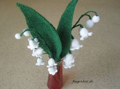 Maiglockchen crochet lilies of the valley → romantic plants for love and happiness - Easy Yarn Crafts Crochet Puff Flower, Crochet Flower Patterns, Crochet Flowers, Mode Crochet, Diy Crochet, Crochet Hooks, Easy Yarn Crafts, Adornos Halloween, Simple Rose