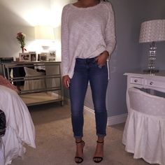 Free People Skinny Jeans Great condition- Light Wash- Very stretchy and comfortable! Free People Jeans Skinny