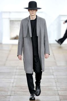 Grayscale Minimalist Fashion : 2011 Dior Homme Fall Line