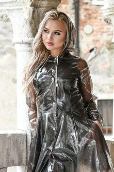 Raincoats For Women Closet Refferal: 3939695439 Vinyl Raincoat, Pvc Raincoat, Raincoat Jacket, Plastic Raincoat, Plastic Pants, Hooded Raincoat, Plastic Mac, Clear Raincoat, Outfits