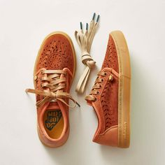 HEISEI LASERCUT SNEAKERS Chanel, Suede Sneakers, School Fashion, Clothes Horse, Laser Cutting, Sperrys, Boat Shoes, Old School, Oxford Shoes