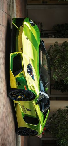 (°!°) Chrome Lime Lamborghini Aventador