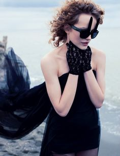 Ellen von Unwerth / Vogue Italia April 2012. #glasses  #sunglasses