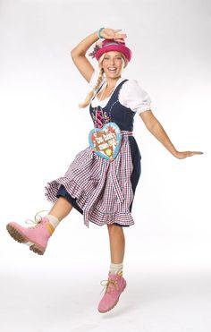 Es wird wieder o'zapft! Wer von Ihnen wird in den nächsten Wochen in München auf der Wiesn mitschunkeln? KLiNGEL wünscht allen Oktoberfest-Besuchern eine mordsmäßige Gaudi! #Oktoberfest http://www.klingel.de/magazin/mode/lauras-look-oktoberfest/