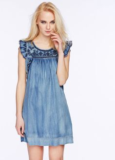 Swans Style is the top online fashion store for women. Shop sexy club dresses, jeans, shoes, bodysuits, skirts and more. Blue Denim Dress, Womens Denim Dress, Denim Outfit, Jeans Dress, Dress Skirt, Denim Fashion, Cute Fashion, Girl Fashion, Fashion Outfits