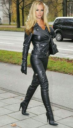 Leather Catsuit, Sexy Women, Leder Outfits, Thigh High Boots Heels, Leather Dresses, Leather Pants Outfit, Black Leather Pants, Leather Trousers, Sexy Boots