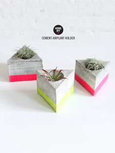 Ever since spotting this planter in LA, I've became a little consumed with all things cement. As I mentioned yesterday, I thought the process would be super intimidating, but I was surprised at how cr