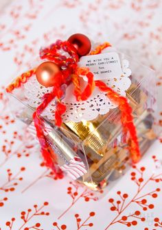 ideas for some goodie packaging for a neighbor gift for christmas! @The Neighborhood #letsneighbor Caroline D.