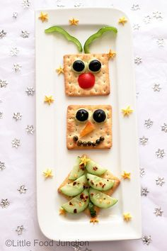 Healthy Christmas Food Ideas for Kids - Clean and Scentsible Healthy Christmas Recipes, Holiday Snacks, Christmas Snacks, Christmas Appetizers, Holiday Fun, Christmas Time, Merry Christmas, Food Art For Kids, Christmas Crackers