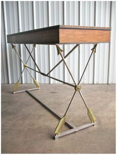 Archery - Arrow-desk    - would fit perfectly with my love for archery