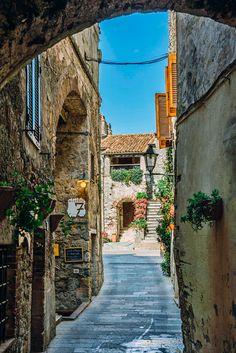 Capalbio (Tuscany, Italy) by Davide Bortolazzi