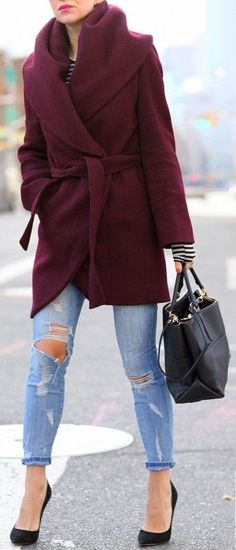 Burgundy Wrap Coat & Distressed Jeans & Pumps//  #street #fashion