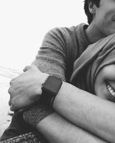 Find images and videos about couple, smile and hijab on We Heart It - the app to get lost in what you love. Cute Muslim Couples, Cute Couples Goals, Romantic Couples, Couple Goals, Relationship Goals Pictures, Cute Relationships, Couple Posing, Couple Shoot, Parejas Goals Tumblr