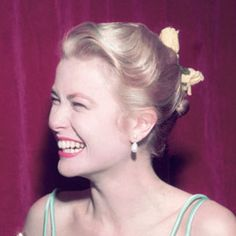 Grace Kelly, 1955 Grace Kelly's sweet Oscar hair was fit for a princess, well before she actually became one