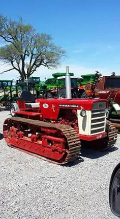 Getting Started with Radio Controlled Hobbies – Radio Control Antique Tractors, Vintage Tractors, Vintage Farm, International Tractors, International Harvester, Old Farm Equipment, Heavy Equipment, Agriculture, Farming