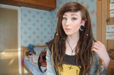 In LOVE with her hair!! Hannah-Rose Walpole on Facebook