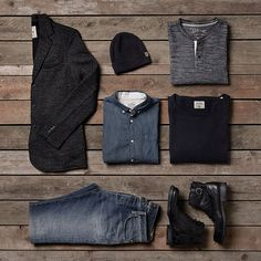 Style inspiration: keep it simple with greys and blacks. Black beanie, grey coat, jeans, black boots, shirt, grey tee, black sweat | JACK & JONES #ootd #style #outfit #vintage