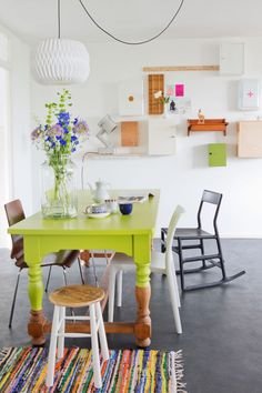 Colorful dinning space with simple scandinavian design.