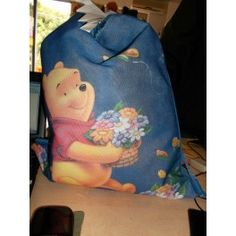 Sacca Winnie the Pooh € 10 http://www.cartolibreriariosto.it/index.php?id_product=97&controller=product