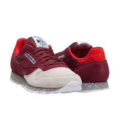 e374439204f8e REEBOK Classic leather sneaker Lace up closure REEBOK logo detailing on  sides of shoe Cushioned inne.