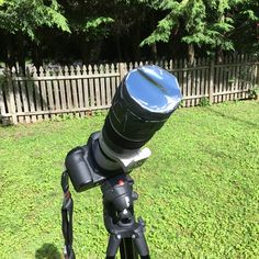 """How to make your own solar filter in 15 minutes to safely make photos of the upcoming total solar eclipse. If you put Bonnie Tyler's """"Total Eclipse of the Heart"""" on repeat, you should be done before fully plays three times. Solar Eclipse Photography, Moon Photography, Photography Tips, Eclipse Book, Eclipse Of The Heart, Solar Filter, Bonnie Tyler, Total Eclipse, Make Photo"""