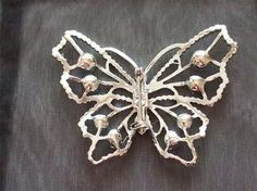 VINTAGE 50'S SILVER TONE CLEAR GLASS CRYSTAL BUTTERFLY BROOCH