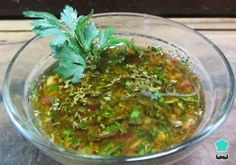 Learn how to make authentic Chimichurri Sauce with this delicious and easy recipe. Chimichurri sauce is a dressing originally from Argentina which is used for. Salsa Chimichurri Argentina, Argentinian Chimichurri, Carne Asada, Argentina Food, Dips, Ceviche Recipe, Spicy Dishes, Portuguese Recipes, Barbecue Sauce