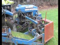 YOUTUBE VIDEO:  Old Brouwer Turf Harvester that cuts turf / sod