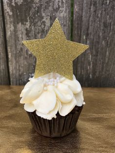A personal favorite from my Etsy shop https://www.etsy.com/listing/600512723/25-twinkle-twinkle-little-star-cupcake