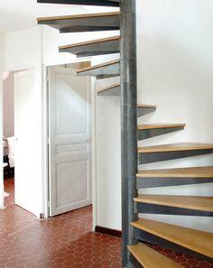 photo dt122 esca 39 droit 2 4 tournants escalier d 39 int rieur balanc en fer forg style. Black Bedroom Furniture Sets. Home Design Ideas