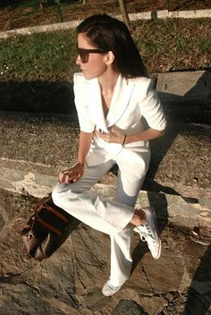 Women Suits and Sneaker Trend activation White Outfits, Cool Outfits, Fashion Outfits, Womens Fashion, Ladies Fashion, Fashion Clothes, Womens Dress Suits, Suits For Women, New Fashion Trends