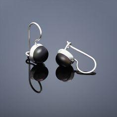 Perlové náušnice Buka malé - černá perla