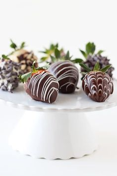 Chocolate Delight, Best Chocolate Cake, I Love Chocolate, Chocolate Shop, How To Make Chocolate, Homemade Chocolate, Chocolate Cookies, Melting Chocolate, Chocolate Dipped