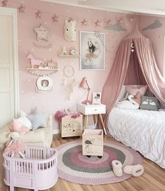 Here are inspirations for baby girl room ideas, create the perfect one for your little princess room. Baby Bedroom, Baby Room Decor, Nursery Room, Girl Nursery, Baby Girl Bedroom Ideas, Bedroom Kids, Girls Princess Bedroom, Nursery Ideas, Bedroom Themes
