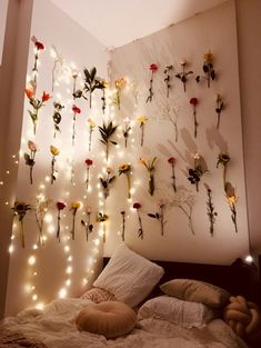 34 college dorm decorations for girls 7 - Bedroom - Dorm Room İdeas Cute Room Ideas, Cute Room Decor, Wall Decor, Study Room Decor, Wall Art, My New Room, My Room, Girl Room, Interior Design Trends