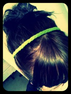 recycle old t-shirts into a no sew headband