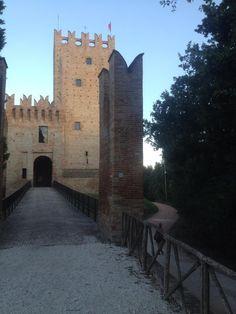 Castello della Rancia - Tolentino, Las Marcas