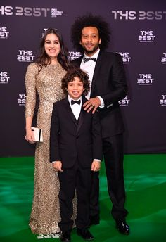 """realmadridlocavictoria: """"Marcelo with Clarice Alves and his son Enzo as they arrive for the The Best FIFA Football Awards at TPC Studio in Zurich, Switzerland on January """" Football Awards, Fifa Football, Real Madrid Wallpapers, January 9, Zurich, Switzerland, Relationship, Studio, Sports"""