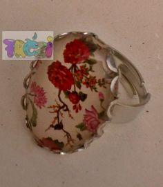Akciós áron ! Gyűrű rózsás mintával, állítható ezüst színű alappal, Ékszer, óra, Esküvő, Ruha, divat, cipő, Gyűrű, Ez a gyűrű ezüst színű, állítható méretű gyűrűalappal készült., Meska