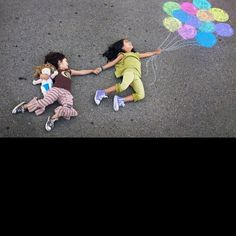 Neat idea for sidewalk chalk and a cool photo