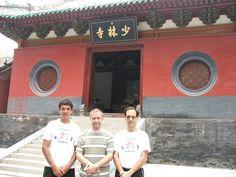 Entrada al Templo Shaolin junto al maestro Claudio Di Renzo y Walter Mercuri