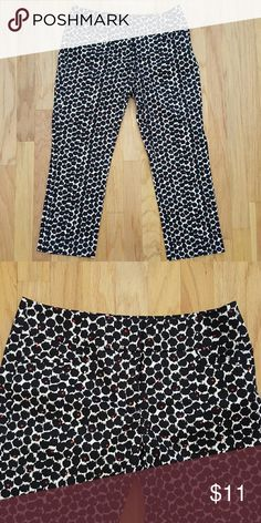 Great crop pants Gently used. White and black with red and black dots. 2 small front pockets. New York & Company Pants Ankle & Cropped
