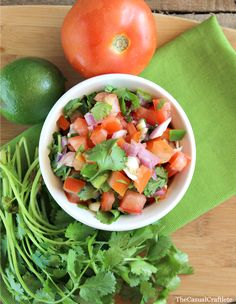 Homemade Pico-De-Gallo. The Casual Craftlete #recipe #salsa