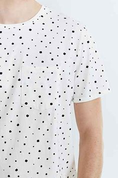 BDG Ditzy Print Standard-Fit Crew Neck Tee - Urban Outfitters
