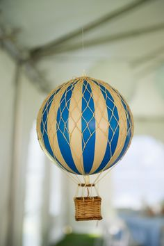 cute hot air balloon decor